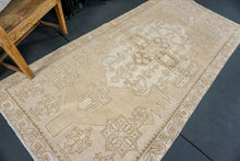 Load image into Gallery viewer, 4' x 8' Oushak Rug Faded Monochromatic Colors