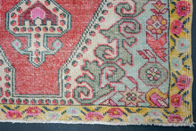 Load image into Gallery viewer, 4'1 x 7'5  Oushak Rug Pale Red, Yellow & Green