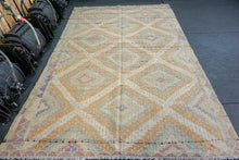 Load image into Gallery viewer, 6 x 9 Jijim Kilim Vintage Turkish Desert Colors Pastel