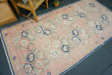 Load image into Gallery viewer, 4'8 x 9' Oushak Rug Faded Pink, Blue & Cream