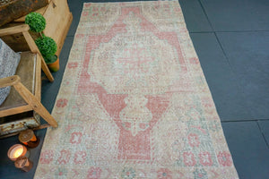 4'5 x 8'1 Oushak Rug Pale Coral, Beige, Seafoam, and Pink Carpet