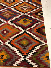Load image into Gallery viewer, 6'x9' Vintage Multi Color Turkish Kilim Bohemian