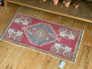 "19"" x 37"" Vintage Oushak Rug Muted Red, Light Blue & Gray"