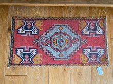 "Load image into Gallery viewer, 19"" x 37"" Vintage Oushak Rug Muted Red, Gray, Gold and Cream"
