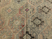 Load image into Gallery viewer, 6 X 10 Vintage Turkish Kilim Pastel Colors & Brown