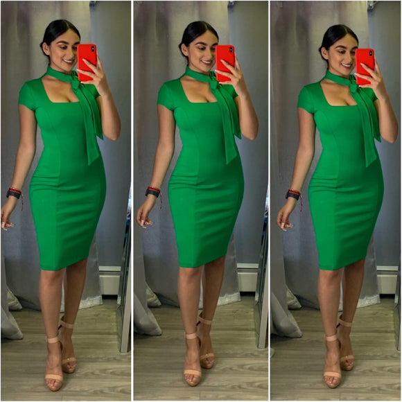 Bow Me A Kiss Dress (Green)