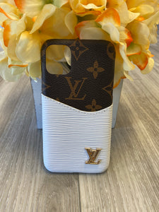LV Brown/White Case iPhone 11