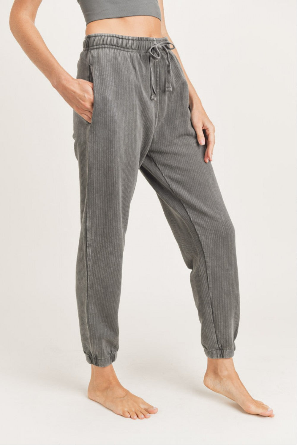 Mineral-Washed Ribbed Billow Cuffed Joggers (Gun Metal)