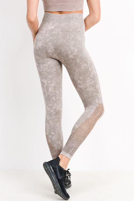 Highwaist Mineral Wash Seamless Perforated Leggings