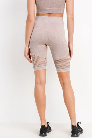 Highwaist Mineral Wash Seamless Perforated Bermuda Short Leggings