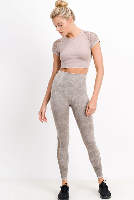 Hybrid Seamless Mineral Wash Perforated Raglan Crop Top
