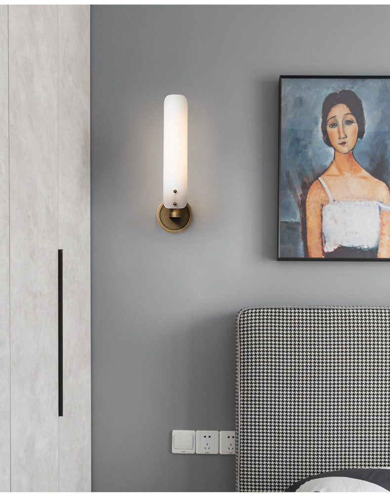 UBRI WALL LIGHT