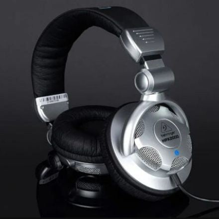 Best Headphones Under 2000 - Behringer HPX2000