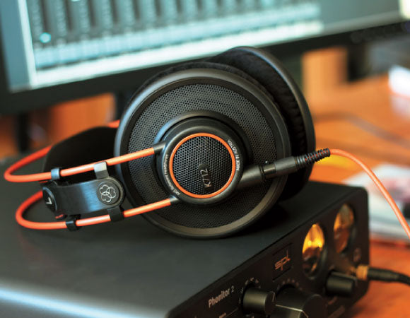 Headphone-Zone-AKG-K712