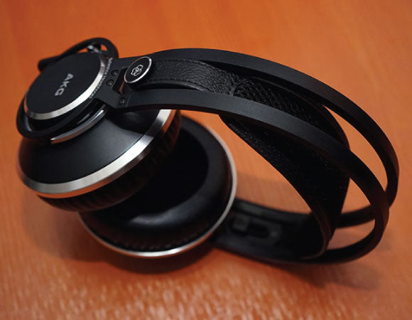 Headphone-Zone-AKG-K872