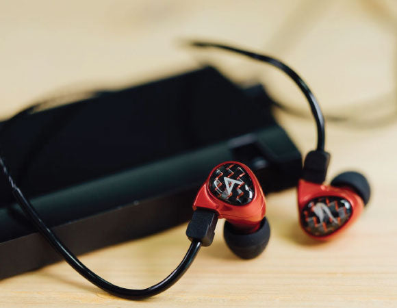 Headphone-Zone-Astell&Kern-Billie-Jean