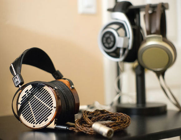Headphone-Zone-Audeze-LCD-4