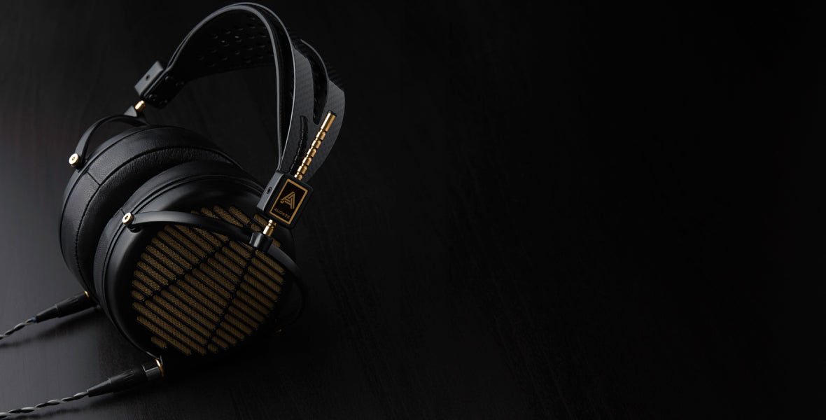 Headphone-Zone-Audeze-LCD-4z-Banner-1180-600