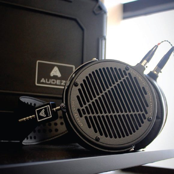 Headphone-Zone-Audeze-LCD2-Classic