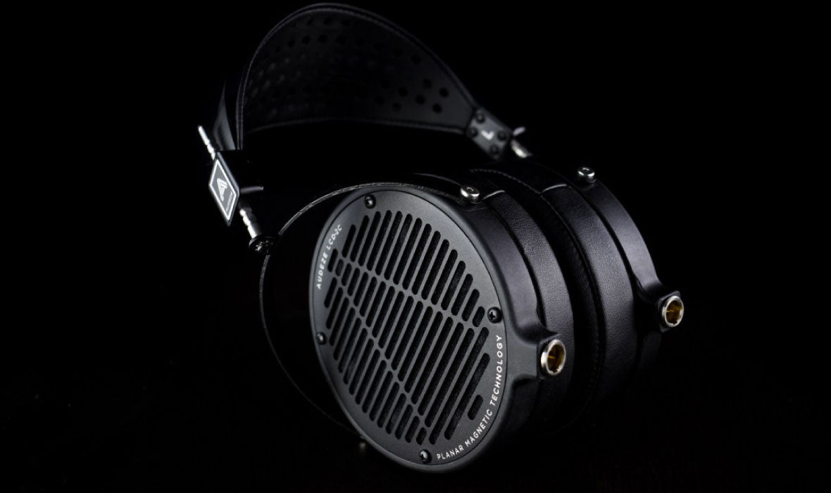 Headphone-Zone-Audeze-Mobius