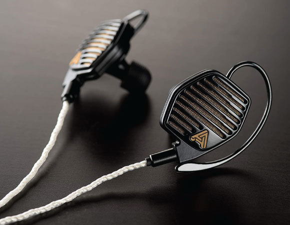 Headphone-Zone-Audeze-LCDi4