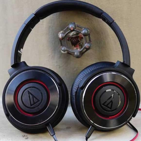 Audio-Technica - ATH-WS550iS-Solid-Bass