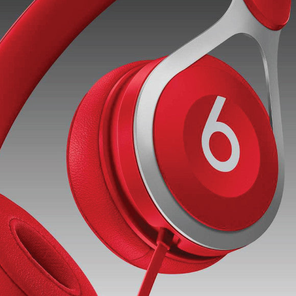 Beats-By-Dr-Dre-12-hours-of-battery-life