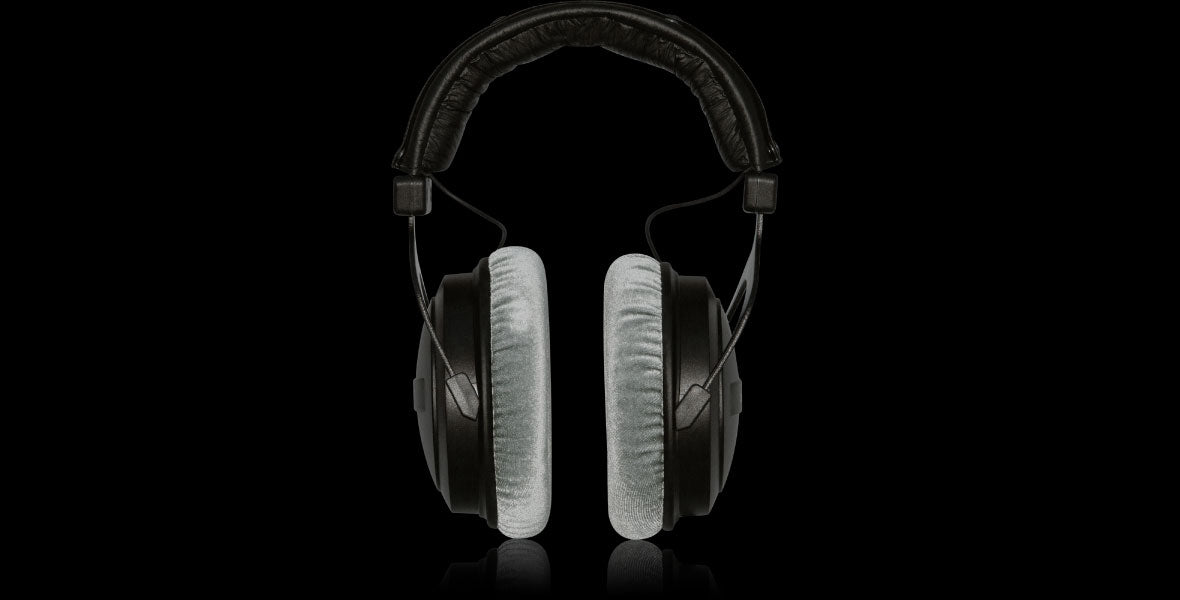 Headphone-Zone-Behringer-BH-770
