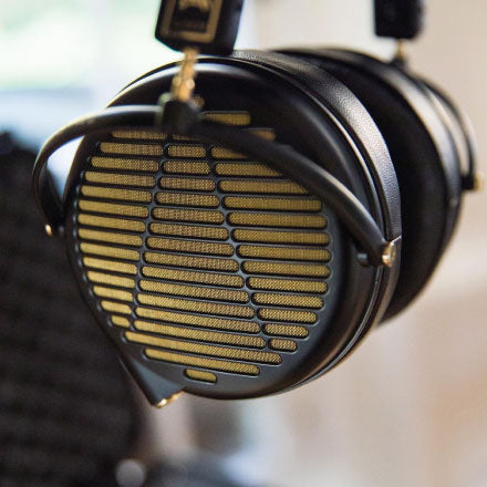 Best Audiophile Headphones - Audeze LCD-4z