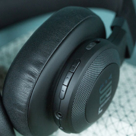 Best Headphones for Redmi Note 4 - JBL E65BTNC