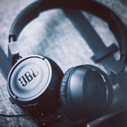 Best Headphones for Redmi Note 4 - JBL Tune 500BT