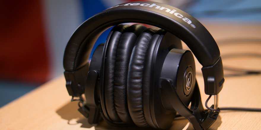 f2717af7aa2 The Best Headphones Under Rs. 5000 - Headphone Zone