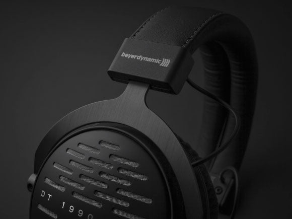 Headphone-Zone-Beyerdynamic-DT-1990-Pro-Headband