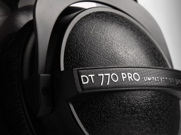 Beyerdynamic-DT770-Pro-Bass-Reflex-Technology
