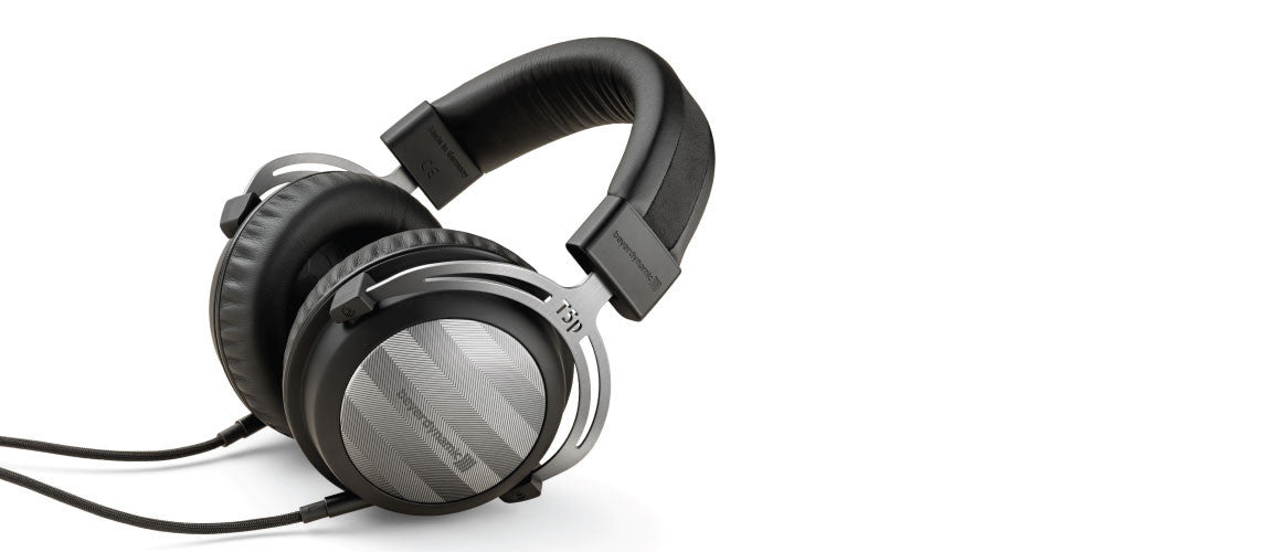 Headphone-Zone-Beyerdynamic-T5P2-Lifestyle