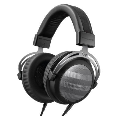 Headphone-Zone-Beyerdynamic-T5P2-Noise-Isolation