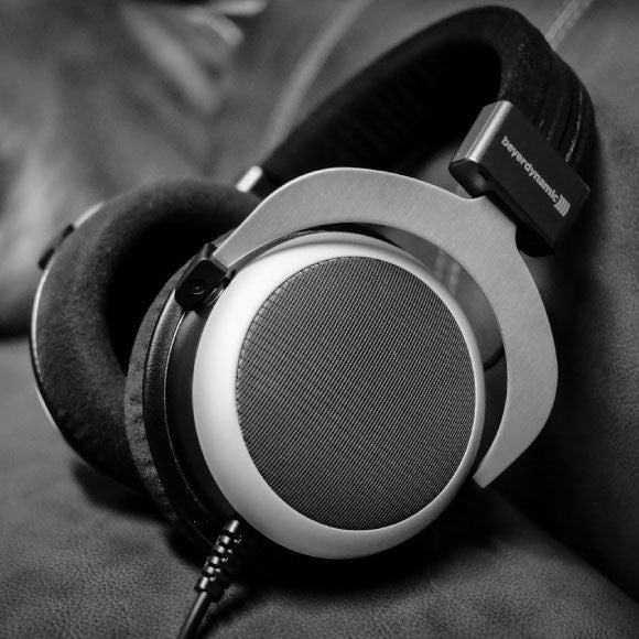 Beyerdynamic-Tesla-Technology