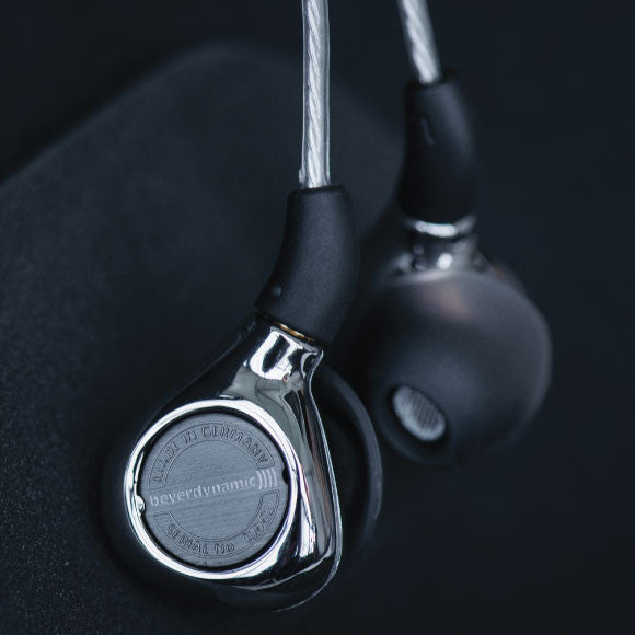 Headphone-Zone-Beyerdynamic-Xelento-Quality-Exclusive-Materials