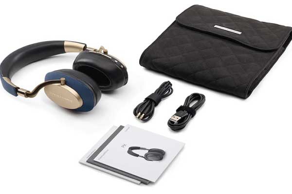 Headphone-Zone-Bowers&Wilkins-PX-In-the-Box