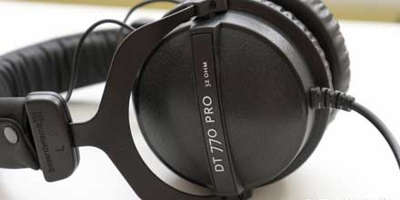 Headphone-Zone-https://www.headphonezone.in/products/beyerdynamic-dt-770-pro