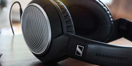 Headphone-Zone-Sennheiser-HD- 471