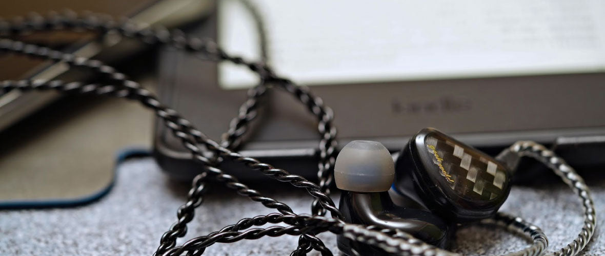 Headphone-Zone-Geek-Wold-GK3-Banner