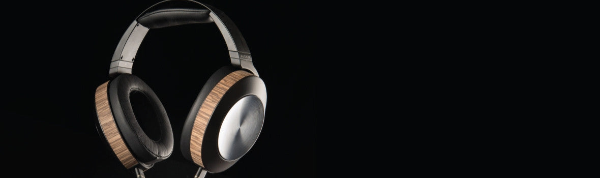 Headphones-by-Audiophile-Closed-Back
