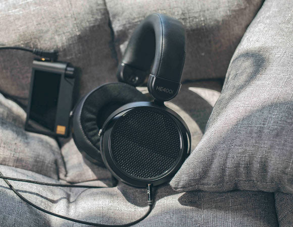 Headphone-Zone-HE400i-2020-edition
