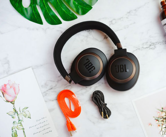Headphone-Zone-JBL-LIVE-650BTNC