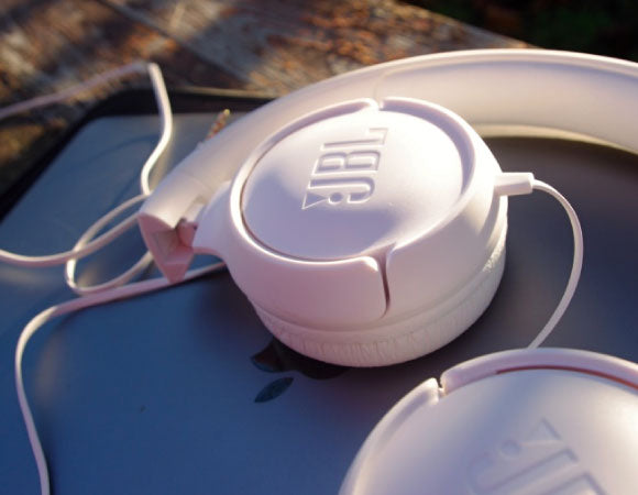 Headphone-Zone-JBL-TUNE-500