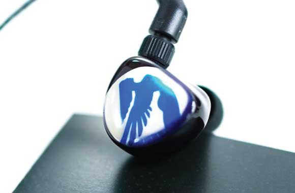 Headphone-Zone-JH-Audio-13-V2-Pro-Custom