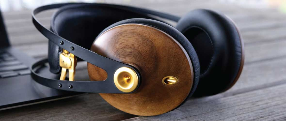 Headphone-Zone-Meze-99-Classics-Banner