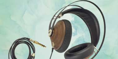 Headphone-Zone-Meze-99-Classics-Mobile-Fidility