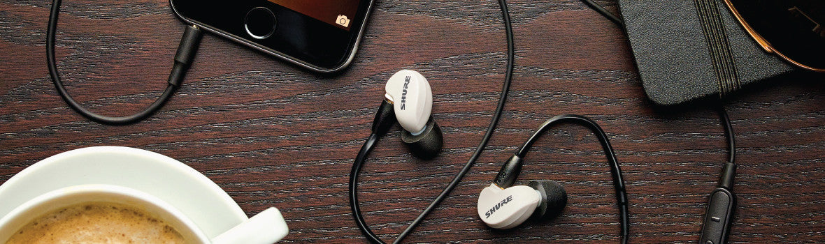 Headphone-Zone-Pages-Earphones-On-Stage-Monitoring
